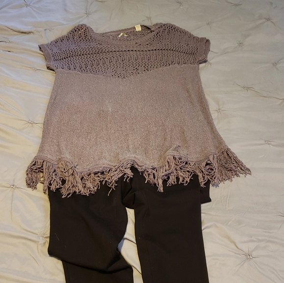 BKE Sweaters - B.K.E. size L purple fringe sweater